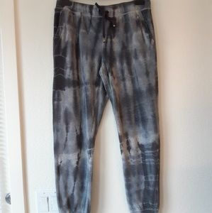 Splendid sweatpants size M